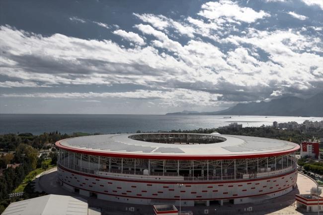 Antalya Stadı 600 haneye elektrik sağlıyor